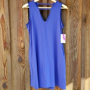 Soybu flattering pocket dress size Medium nwt
